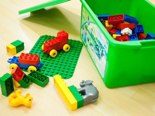 『おもちゃ図書館』の画像