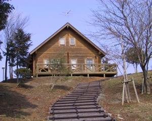 『光と風の丘公園(ロッジハウス外観)』の画像